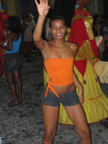 Teen girls in Campo Belo